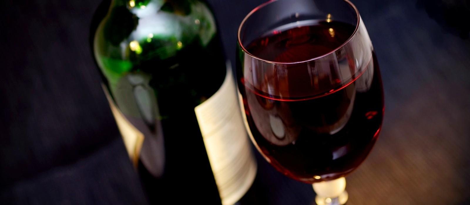 http://strefamice.pl/wp-content/uploads/2014/12/wine-541922_1280-1600x700_1.jpg