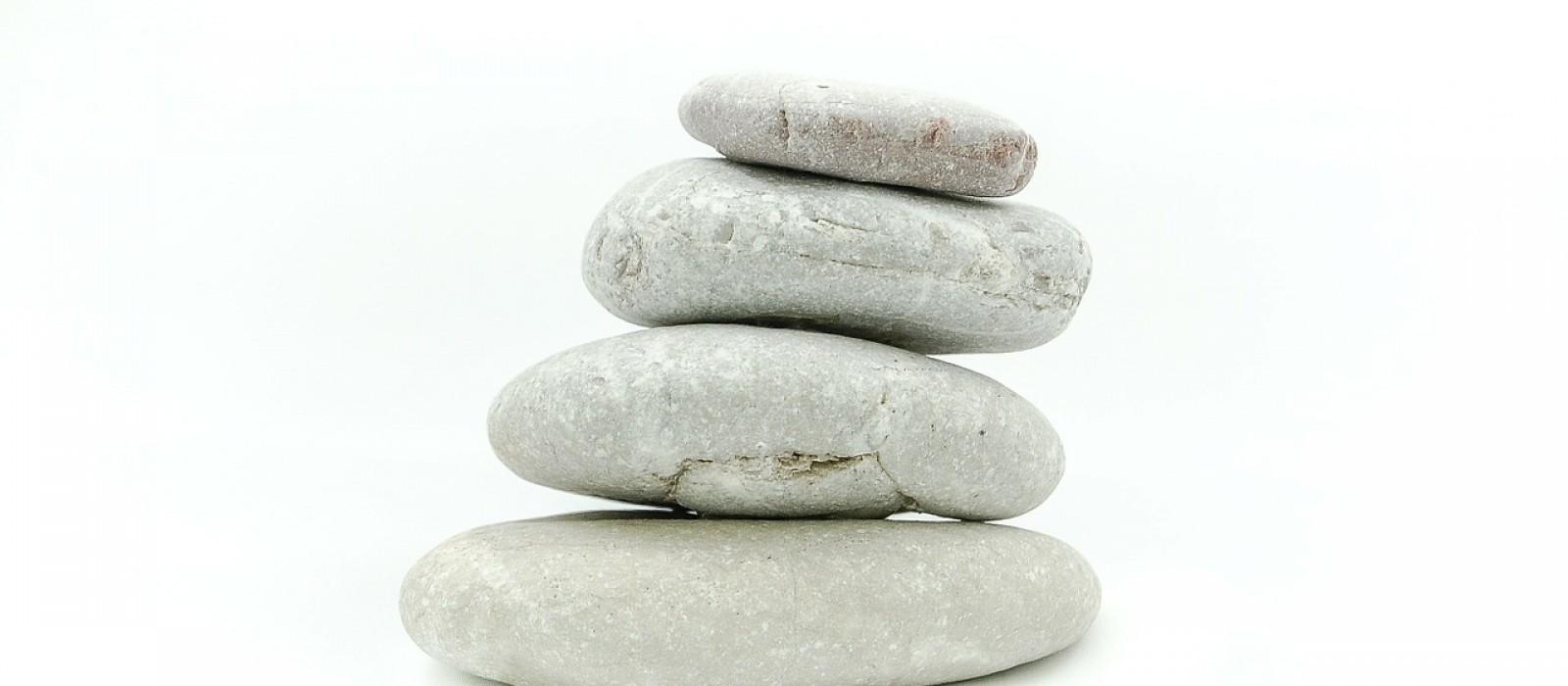 http://strefamice.pl/wp-content/uploads/2015/06/the-stones-263661_1280-1600x700_1.jpg